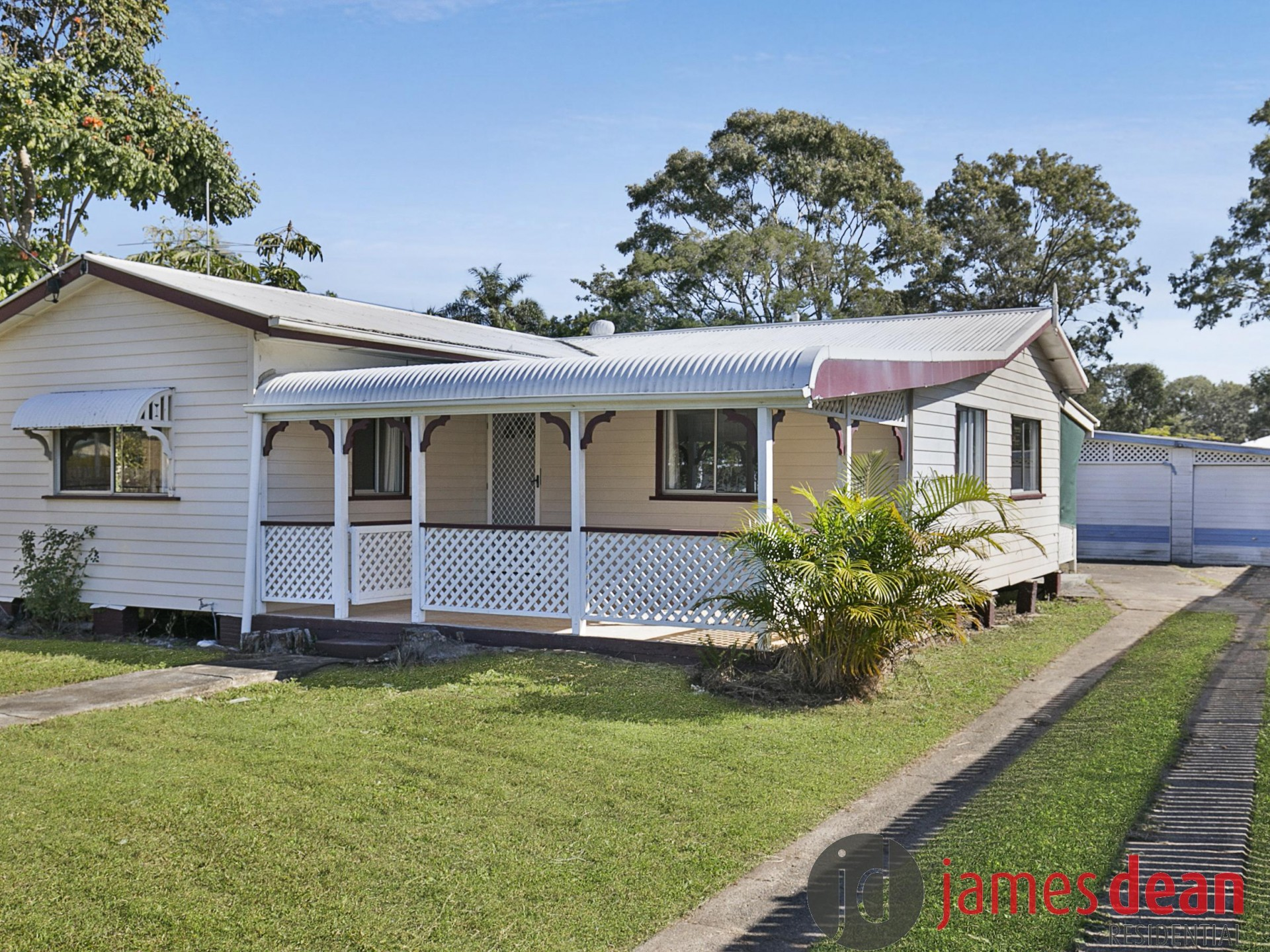 Repainted & Recarpeted Tingalpa Home on Half an Acre