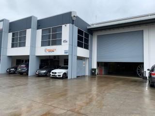View profile: Quality 639m2 Office / Warehouse - Tingalpa