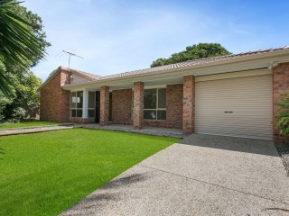 View profile: Lovely home in quiet location
