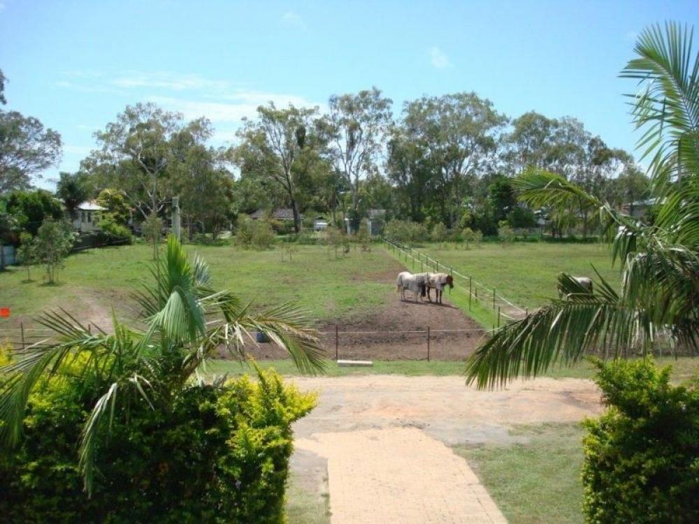 Rural Lifestyle - City Convenience