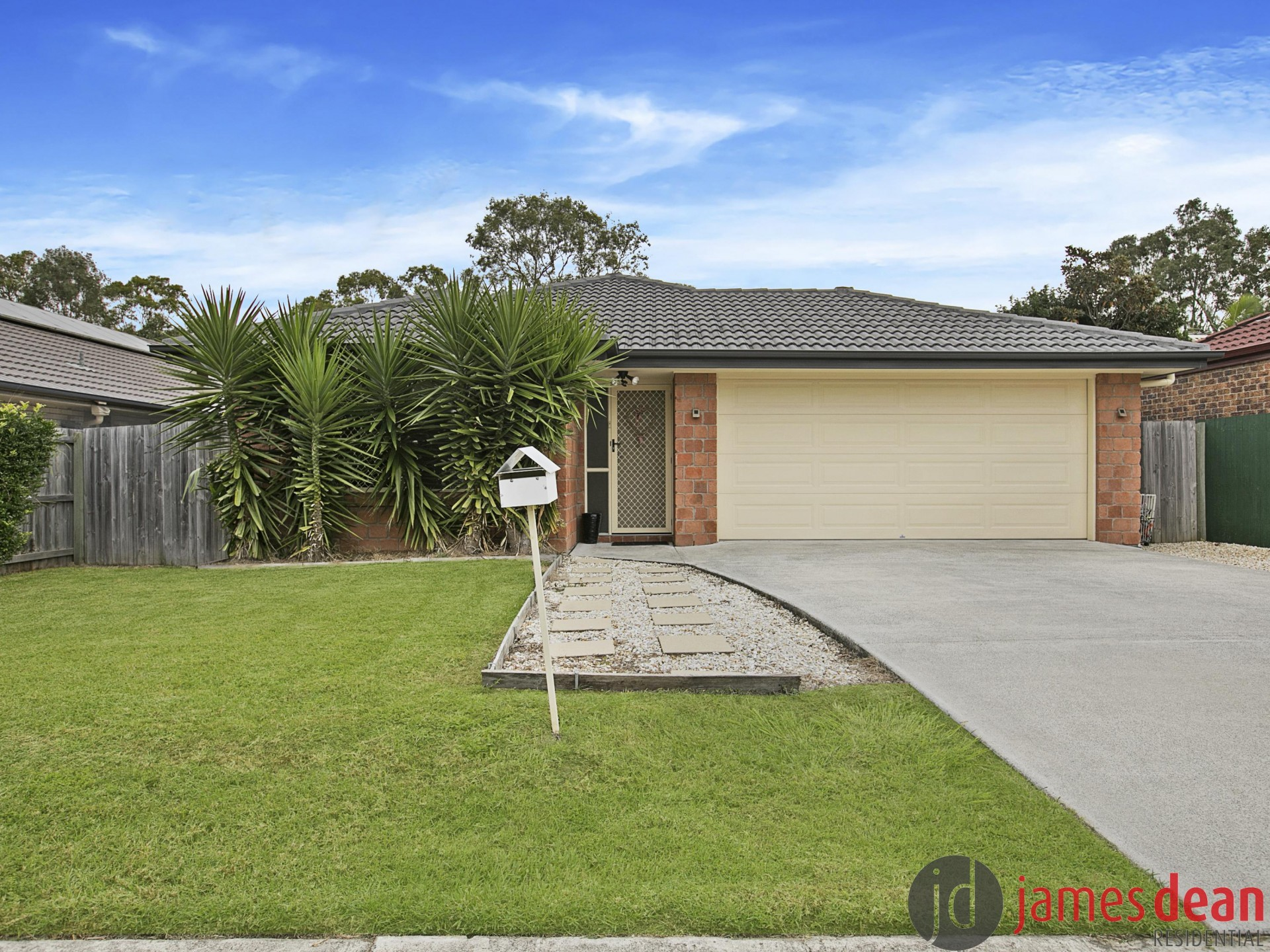 Modern Tingalpa Family Home