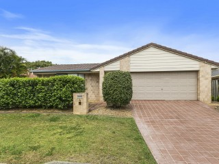 View profile: Four Bedroom Family Hemmant Home In Excellent Condition