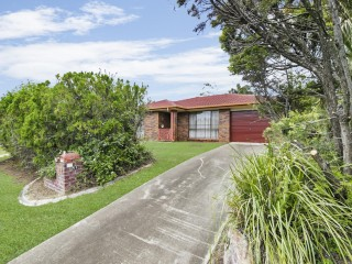 View profile: FAMILY HOME IN SOUGHT AFTER TINGALPA LOCATION