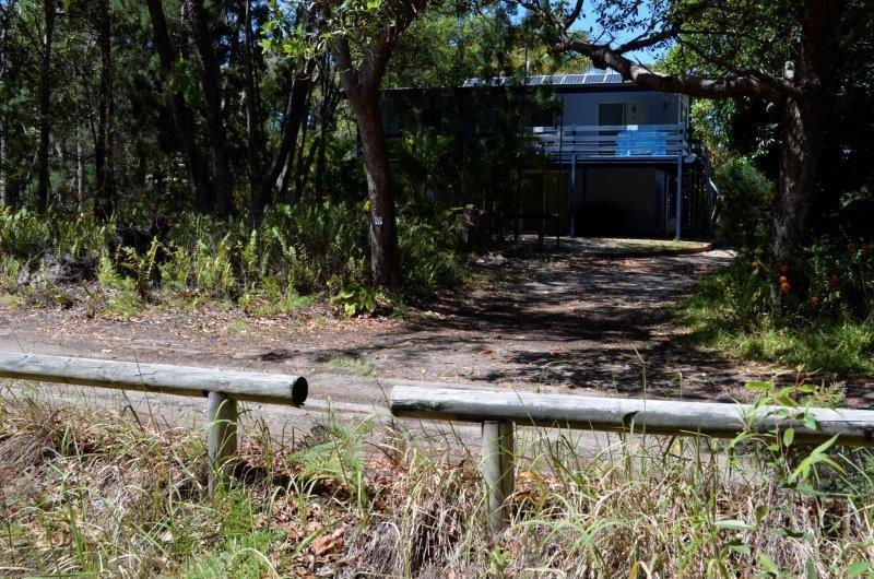 Treetops on Midgen - Kooringal Moreton Island
