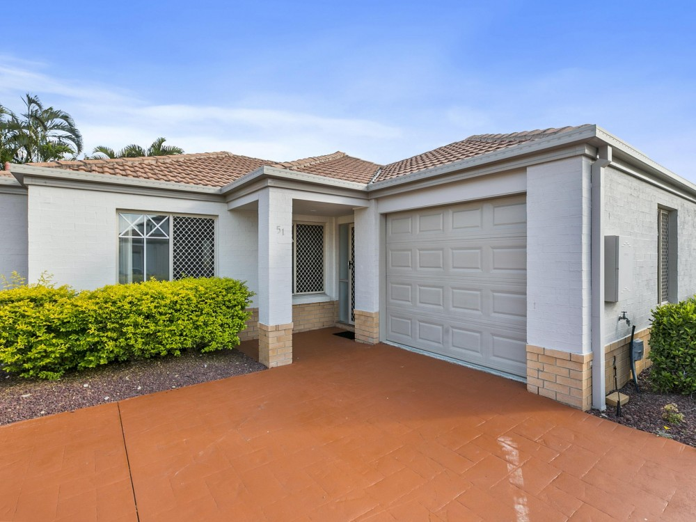 Wynnum West  - Low Set Living At Its Best!