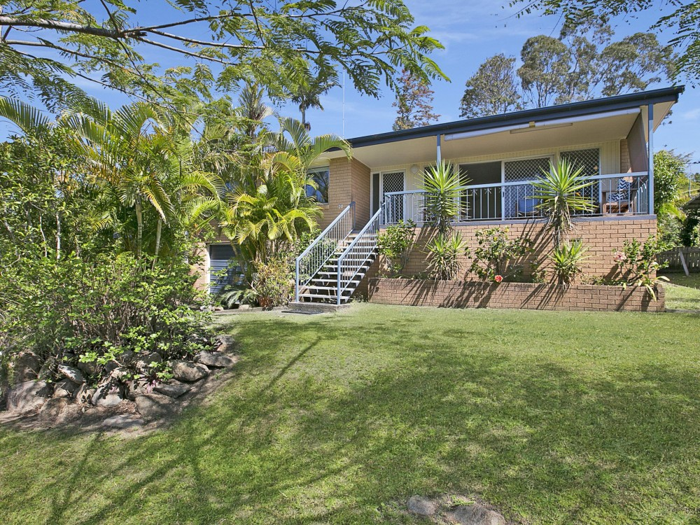 Immaculately Renovated Three Bedroom Manly West Home