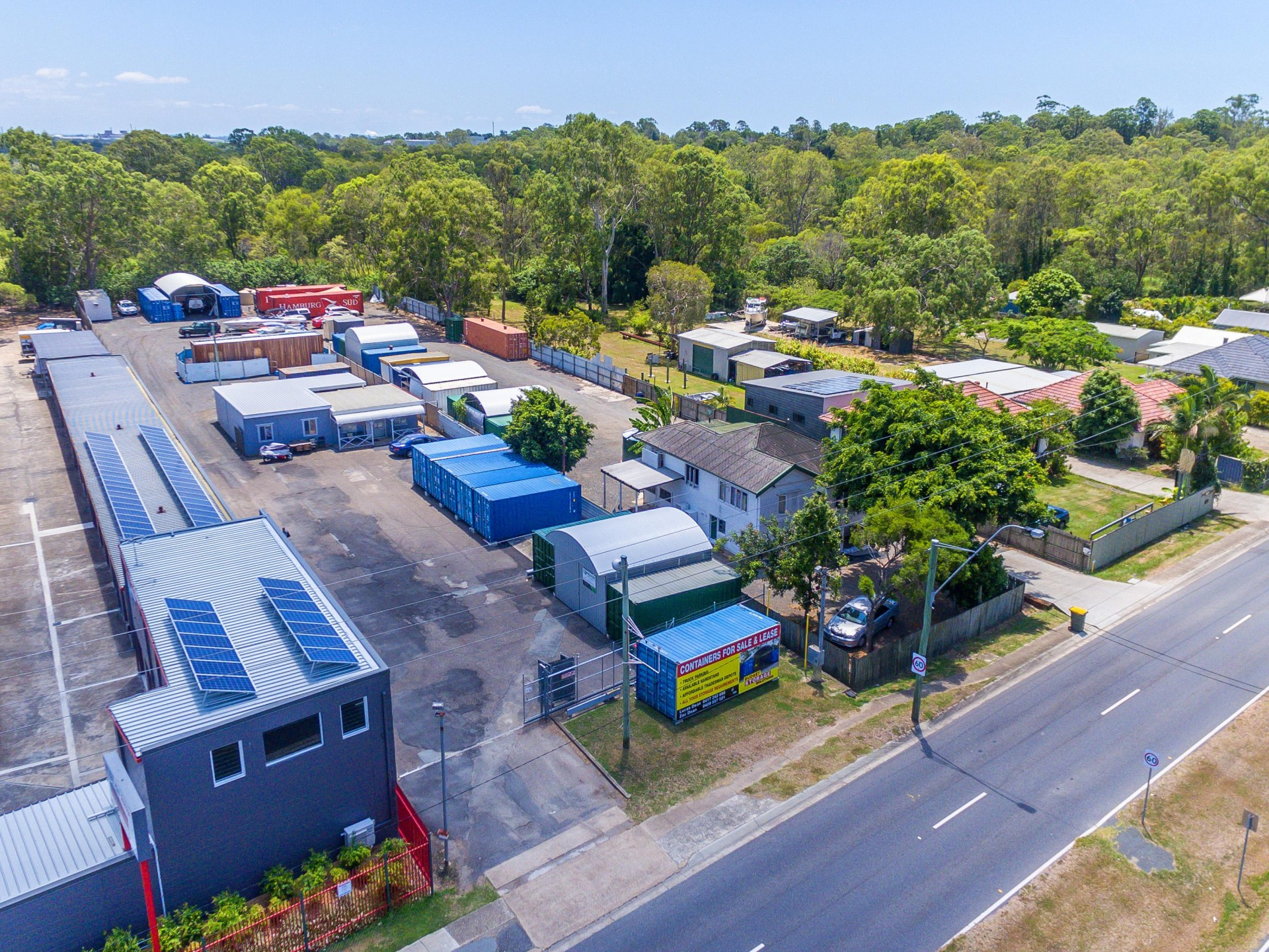 FULLY FUNCTIONAL TRADESMEN DEPOT WITH OFFICE - TINGALPA