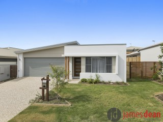 View profile: Stylish & Near New, Low Maintenance Family Home With Air Conditioning & Flexi Room