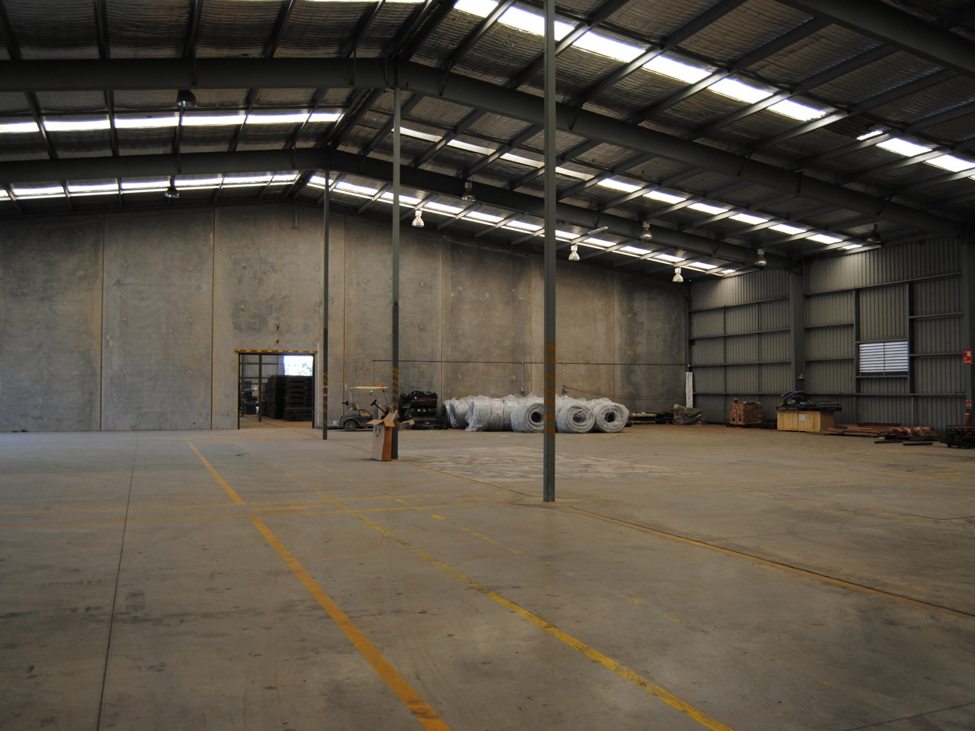 1,480m2 Warehouse Opportunity In Prime Hemmant Location