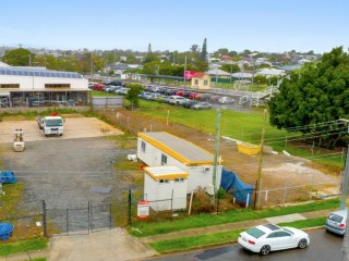 View profile: 1,034m2 Secure Hardstand Yard - Wynnum