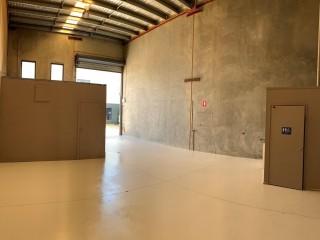 View profile: 129m2 Modern Tilt Slab Office Warehouse - Capalaba