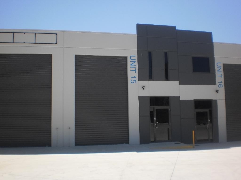 91M2 INDUSTRIAL OFFICE WAREHOUSE AVAILABLE IN FEB!!