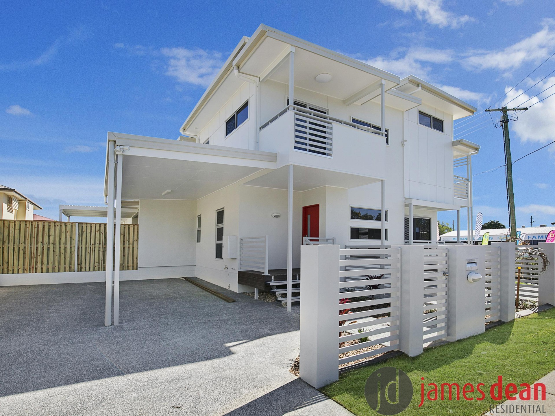 Near New Three Bedroom Wynnum Central Townhouse With Architectural Flair