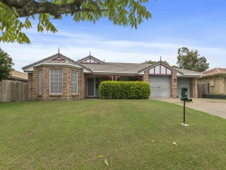 View profile: Freshly Repainted & Re-carpeted Spacious Family Home in a Quiet Tingalpa Location