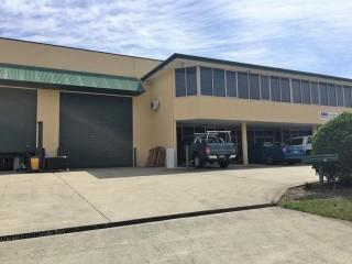 View profile: 305m2 - Office Warehouse - Tingalpa