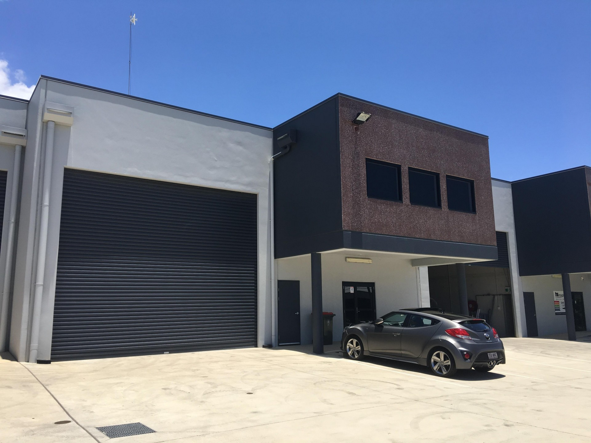 QUALITY INDUSTRIAL OFFICE WAREHOUSE - READY NOW!!
