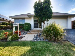 View profile: Quality Home in a quiet location with Solar Panels