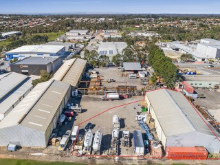 View profile: 703m2 Clear span Warehouse With 1,000m2 Hardstand