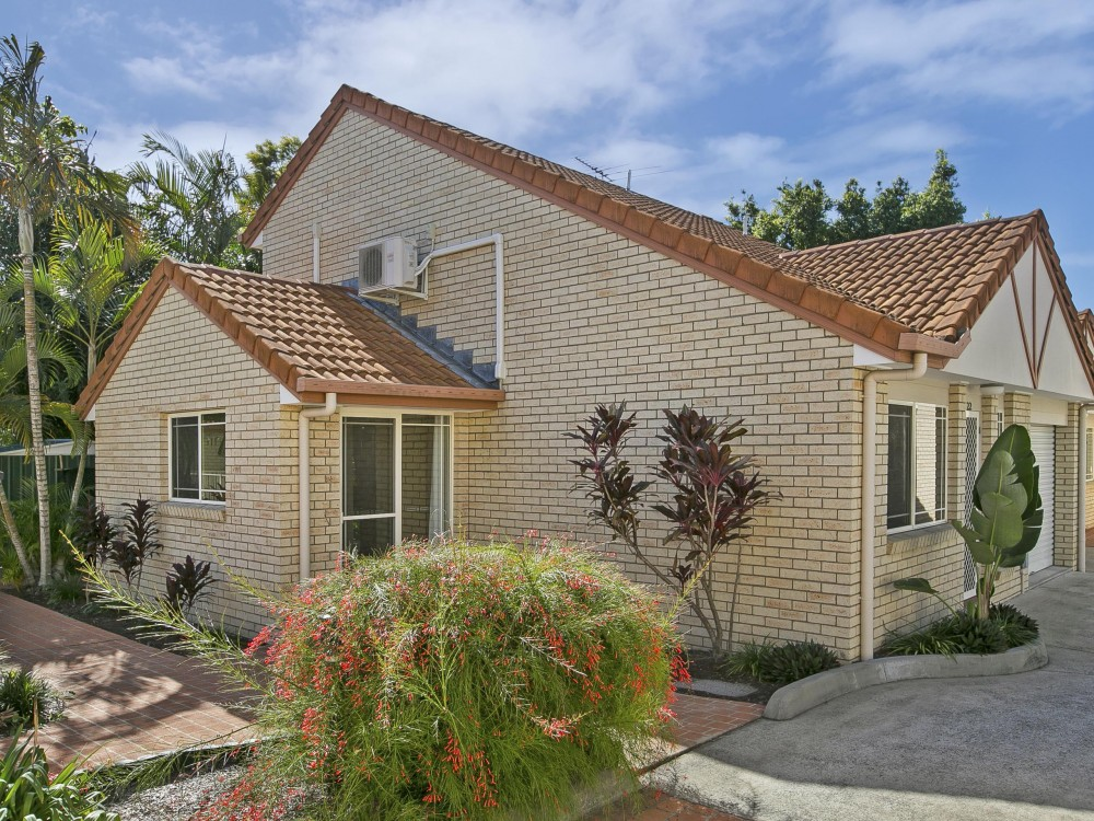 "Tingalpa Town House with the ""WOW"" Factor"