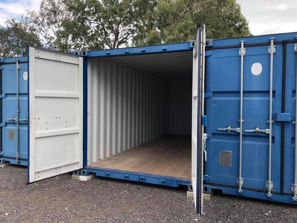 20ft Shipping Containers - For Lease