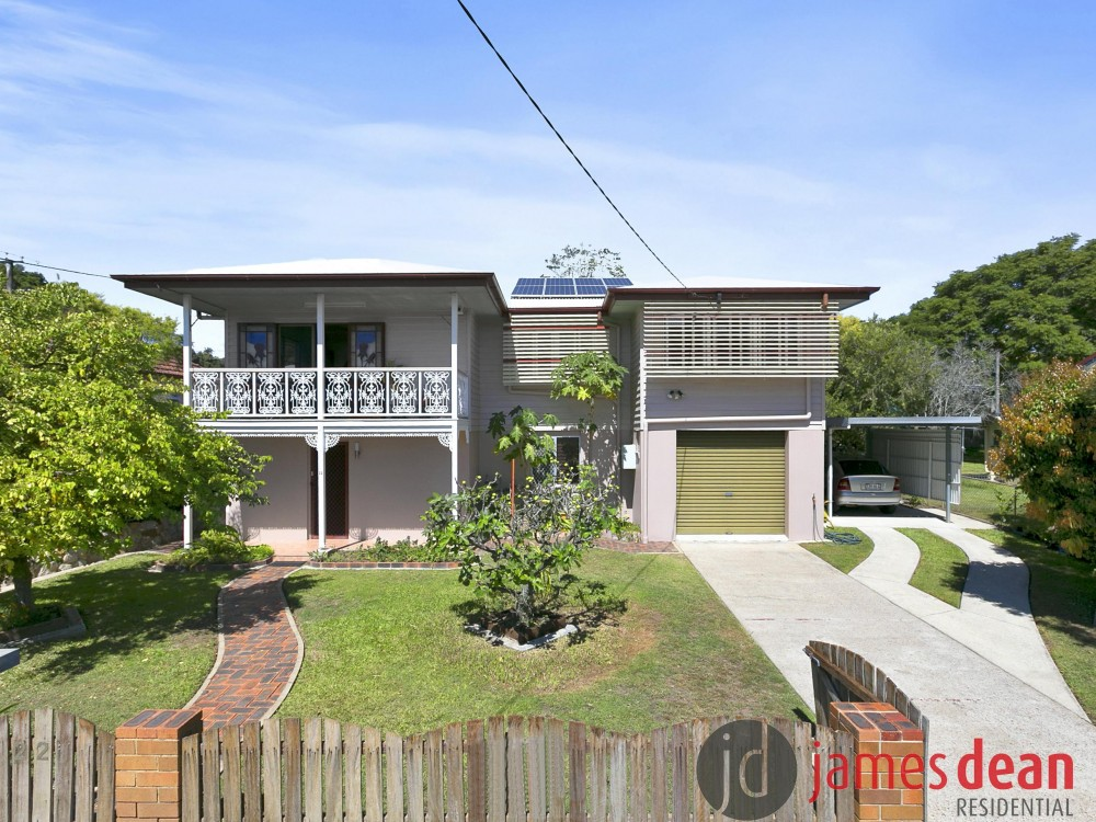 Spacious double storey family home in prime Wavell Heights location
