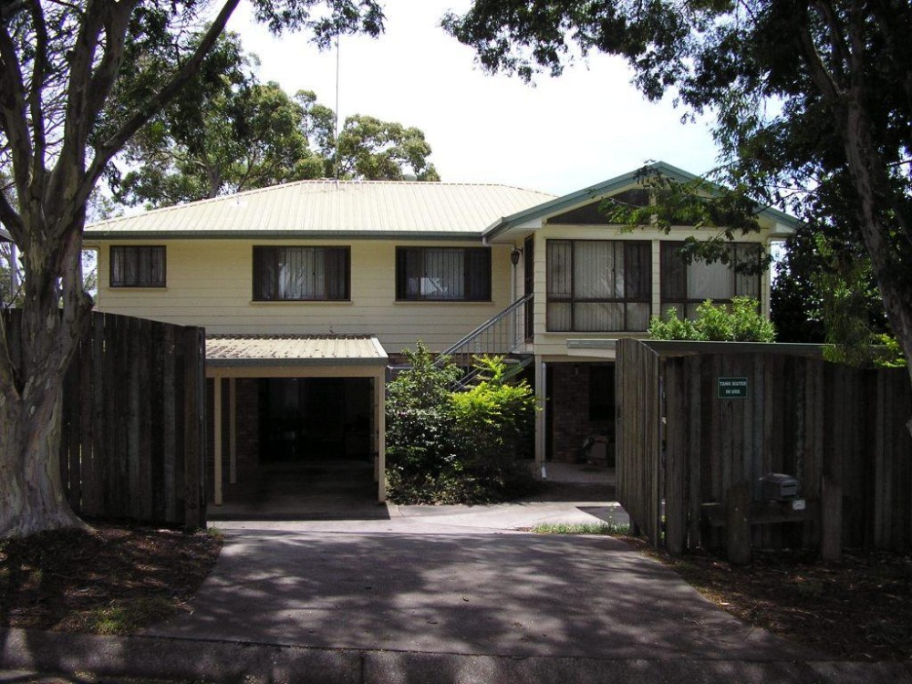 Large Family Home in sought-after Manly West position!
