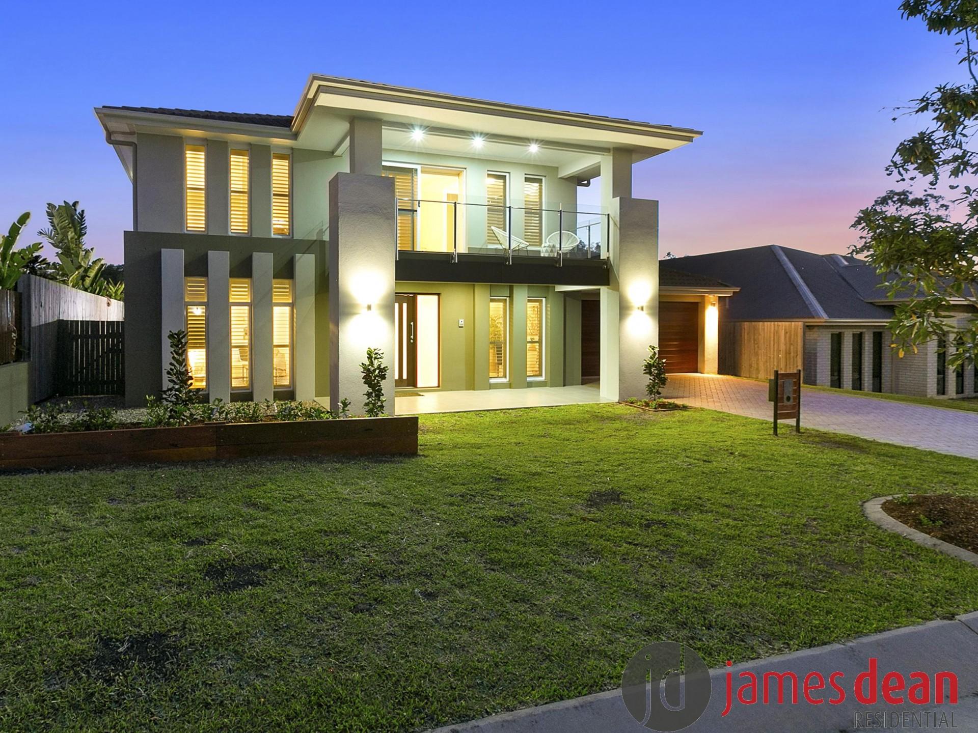 Impressive 36sq Executive Style Family Home