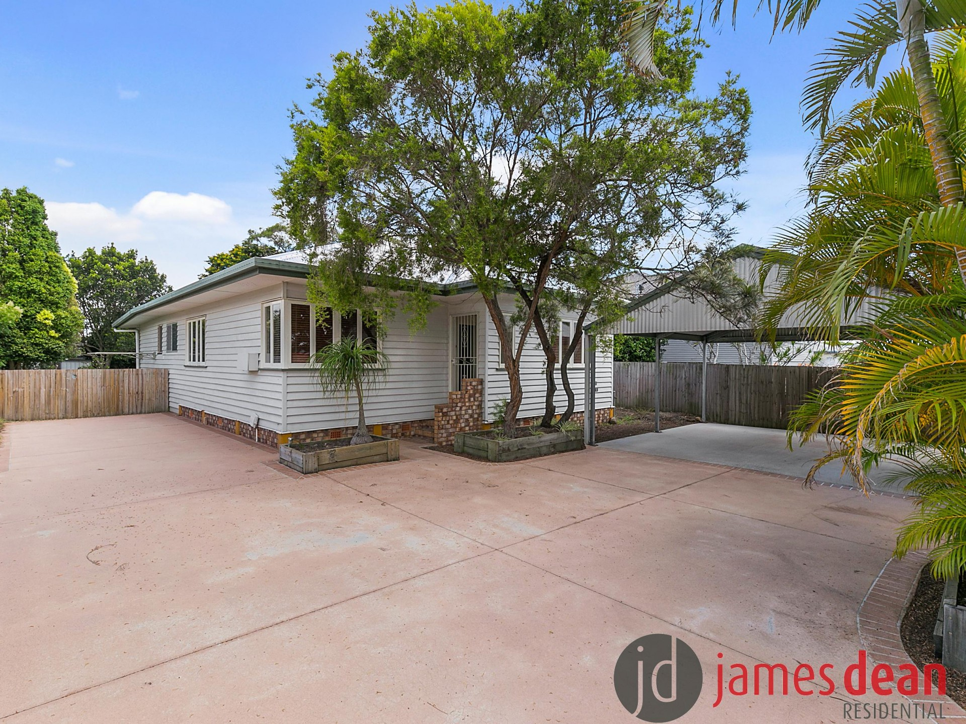 Quaint and Stylish Four Bedroom Home - Plenty of Off Street Parking