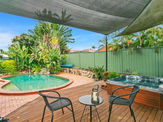 View profile: Entertainers Paradise In A Lovely Location