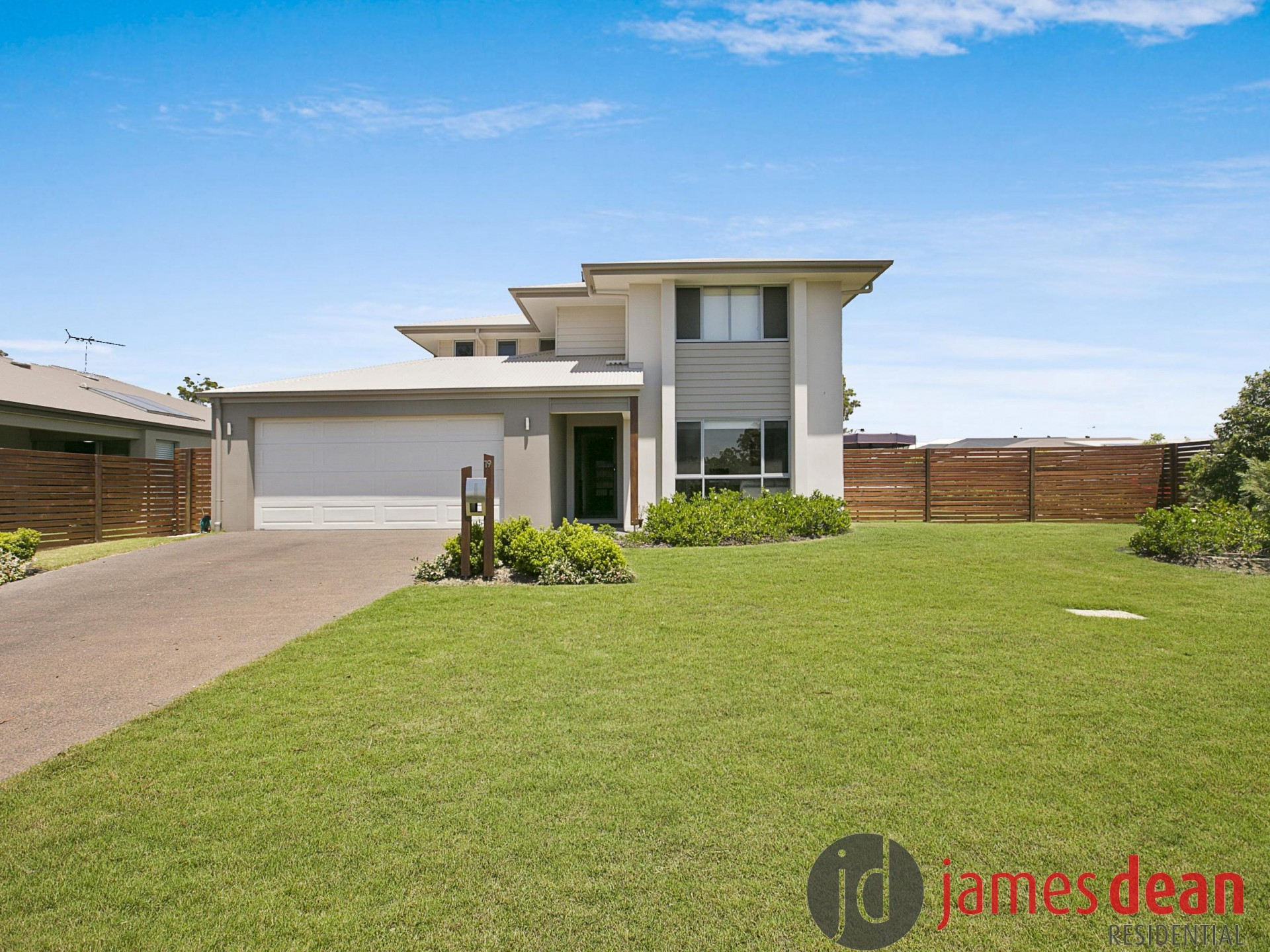Contemporary two-storey Living – East Ridge Thornlands