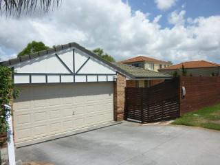 View profile: Three Bedroom Wakerley Home With Air Conditioning In Catchment Area For Gumdale S/S