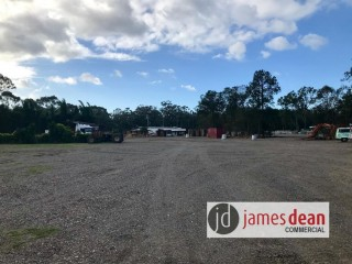 View profile: Capalaba Truck Parking