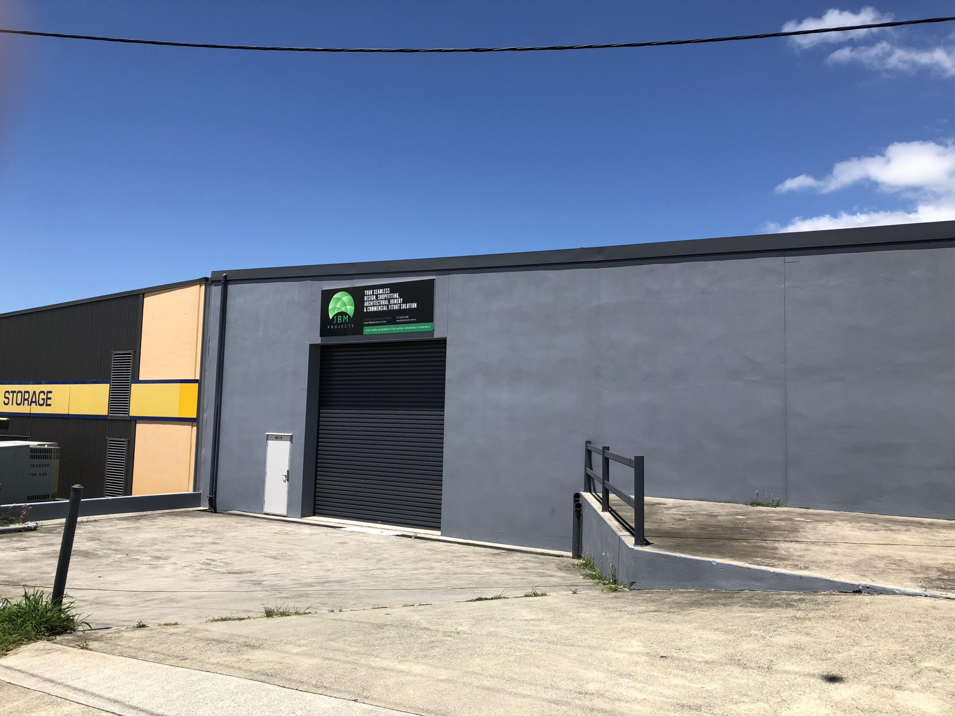 400m2 - 700m2 Main Road Warehouse - Opposite New Home Centre