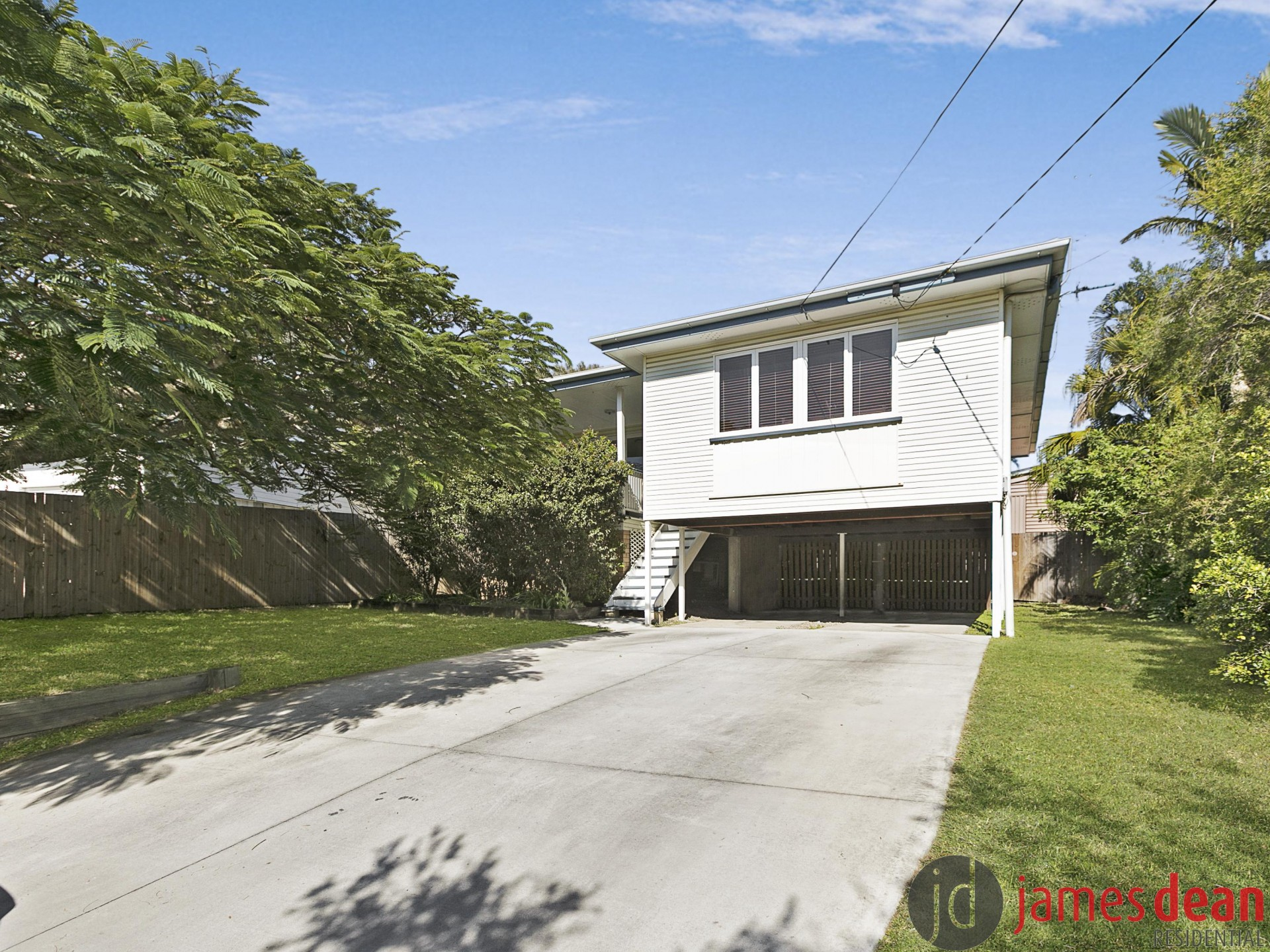 Conveniently Located Mt Gravatt East Home With Renovated Kitchen & Bathroom